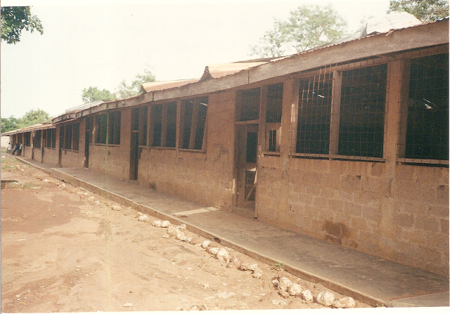 Side view of Primary School before renovation.